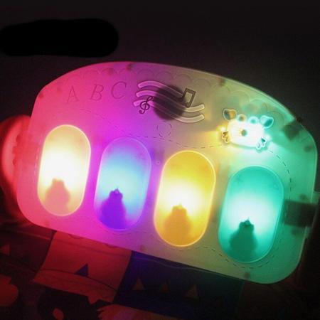 Salteluta interactiva Gobaby centru de activitati cu pian muzica lumini cu 5 jucarii incluse3